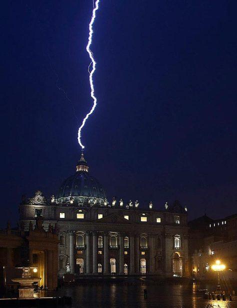 Vatican-main_1671876a