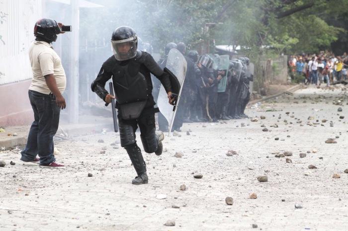 Seguridad del Estado, a susordenes